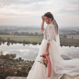 Hochzeitsfloristik mit Brautstrauß in zarten Farbtönen von Ganz Unverblümt Straubing