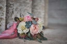 Brautstrauß in Pastelltöne mit Eukalyptus von Ganz Unverblümt Steinach