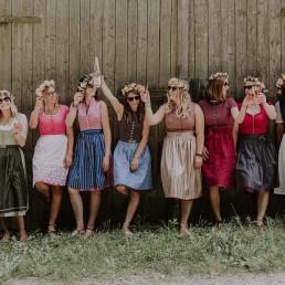 Unvergesslicher Mädelsnachmittag mit blumigen Haarkränzen von Ganz Unverblümt Regensburg