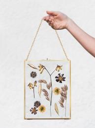 Geschenkidee Herbarium mit Trockenblumen von Meisterfloristin Franzi Deggendorf