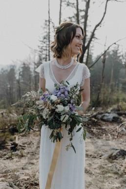 Traumhaft schöner Brautstrauß natürlich gebunden von Franzi von Ganz Unverblümt Steinach