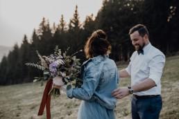 Einzigartiger Brautstrauß für individuelle Hochzeit von Gestalterin für Blumenkunst Franzi Straubing