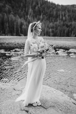 ausergewöhnlicher feiner Brautstrauß mit zarten Blüten von Ganz Unverblümt Straubing