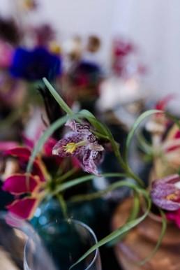 Schachbrettblume zur Hochzeit in Tischschmuck von Ganz Unverblümt Straubing