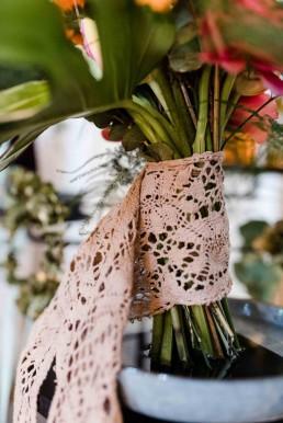 Altrosa Spitzenband für Bindestelle Brautstrauß von Ganz Unverblümt Straubing