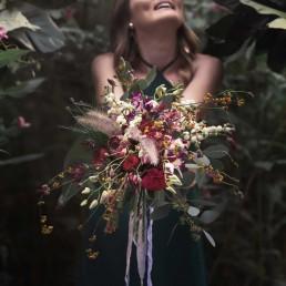 Exotischer Bohostrauß zur Hochzeit mit Orchideen von Ganz Unverblümt Straubing