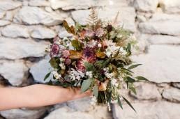 Natürlicher Brautstrauß in Herbsttönen von Franzi von Ganz Unverblümt Straubing