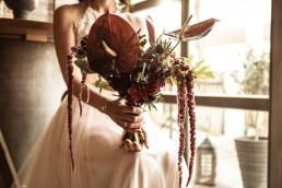 Extravaganter Brautstrauß mit exotischen Blüten von Ganz Unverblümt Deggendorf