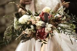 Brautstrauß Boho von Hochzeitsflorist Ganz Unverblümt aus Straubing bei Hochzeit im Bayerischen Wald